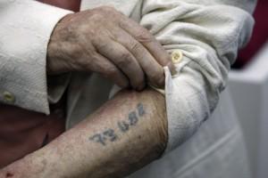 Märkt för livet: tatuering som historisk påminnelse
