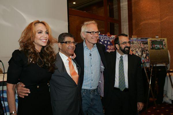 Lars Vilks med (fr. v.) Pamela Geller, Ashraf Ramelah och Robert Spencer (bildkälla Atlas Shrugs)