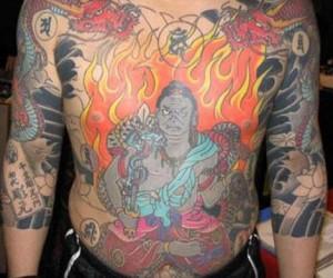 """""""Japansk"""" tatuering med Shinto-gud (?)"""
